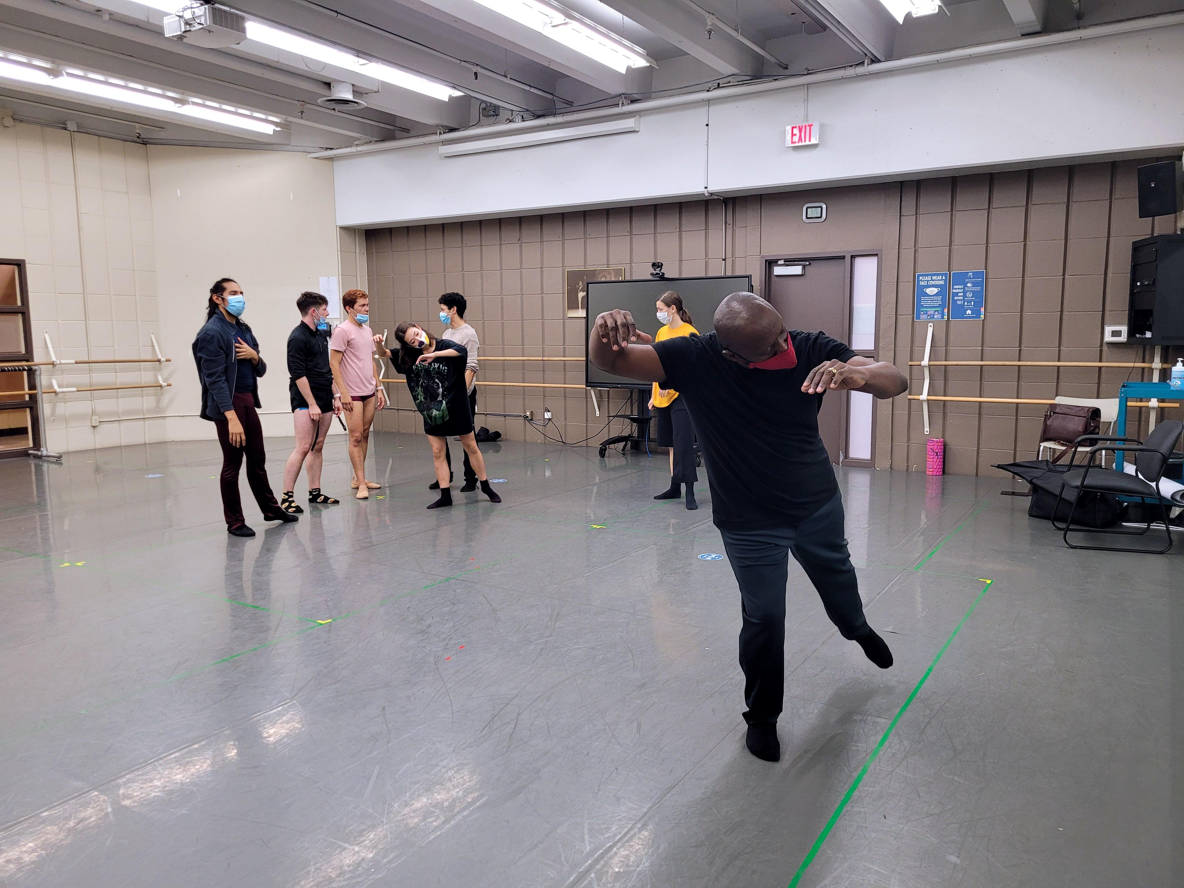 Dream Talker: Jose Angel Carret Ballet Jörgen in the studios choreography